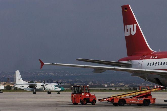 Vía libre para que las aerolíneas oferten vuelos a Canarias tras eliminarse las restricciones