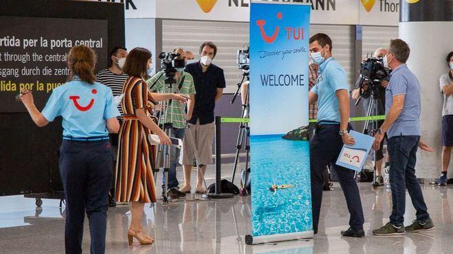TUI comenzará a enviar turistas británicos a Canarias a partir del 11 de julio