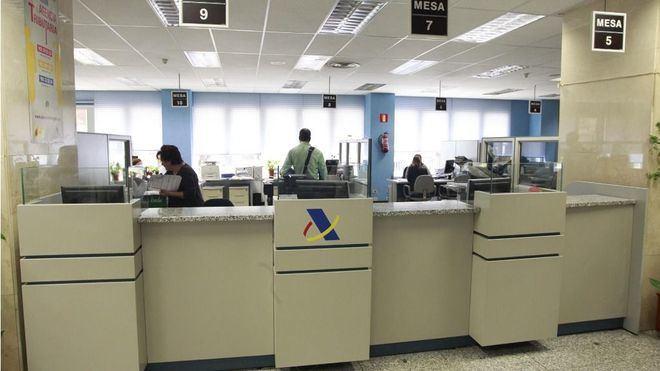 La Agencia Tributaria recupera la atención presencial en oficinas con cita previa