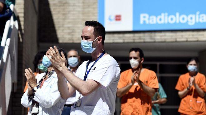 El personal sanitario otorga un suspenso a la actuación de los políticos en la crisis sanitaria