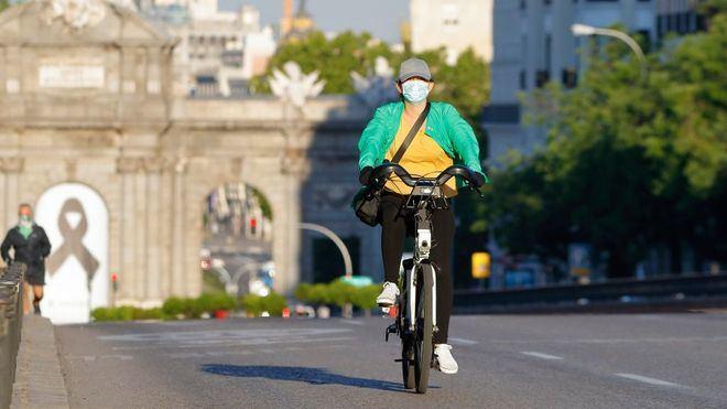 Madrid también anuncia restricciones en la movilidad y concentración de personas