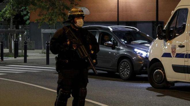 Nueve detenidos en relación con la decapitación de un profesor en Francia