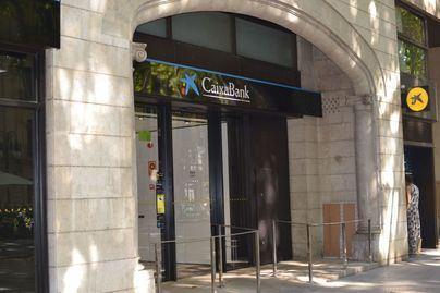 CaixaBank gana 726 millones hasta septiembre, tras provisionar 1.161 millones por Covid