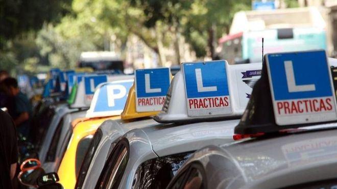 Podemos propone pagar el carné de conducir a jóvenes sin recursos con la recaudación de las multas