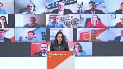 Arrimadas a Sánchez: 'Lo que no se merecen los españoles es que su futuro lo decidan Otegi y Junqueras'