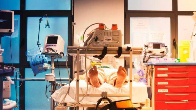 Sigue la tendencia al alza de los contagios en España con cerca de 12.400 nuevos casos