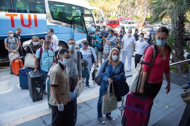 El turismo cierra 2020 con los peores datos en 25 años