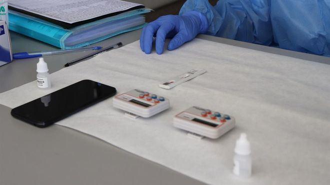 La incidencia de los contagios en España se dispara hasta rozar los 690 casos por 100.000 habitantes