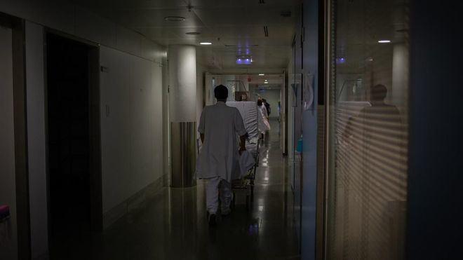 Casi cinco mil diagnósticos positivos menos en España respecto a siete días atrás