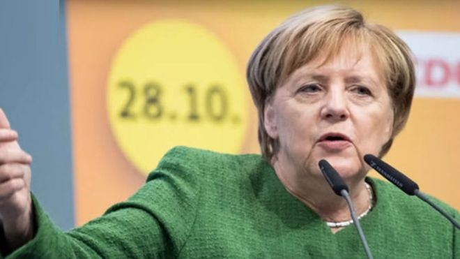 Merkel anuncia que el pasaporte europeo de vacunación será una realidad este verano