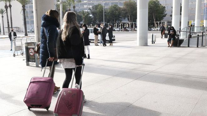 Definitivo: los estudiantes de Canarias podrán regresar a sus casas esta Semana Santa