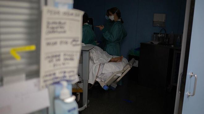 La incidencia de los contagios en España va acercándose al riesgo medio, con una tasa de 153