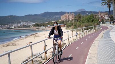 Asociaciones de ciclistas se rebelan contra el uso obligatorio del casco