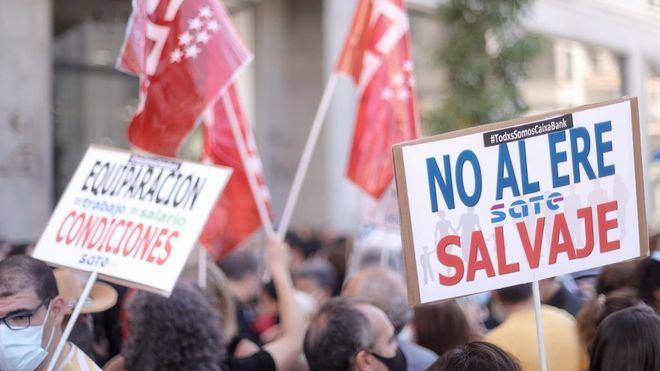 Los trabajadores afectados por despidos colectivos aumentan un 18,1 por cien hasta abril