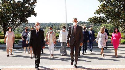 Felipe VI recibe a la familia Barceló en el 90 aniversario del grupo hotelero
