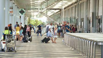 Maroto, 'prudente' con las previsiones turísticas porque quedan 'mercados con restricciones importantes'