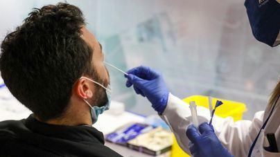 Tres mil nuevos contagios en España con la cifra histórica acercándose a los cinco millones
