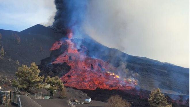 Aumentan los seísmos y las personas confinadas por la erupción del volcán en La Palma