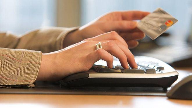El 45 por ciento de los consumidores ya no utiliza el dinero en efectivo para realizar pagos