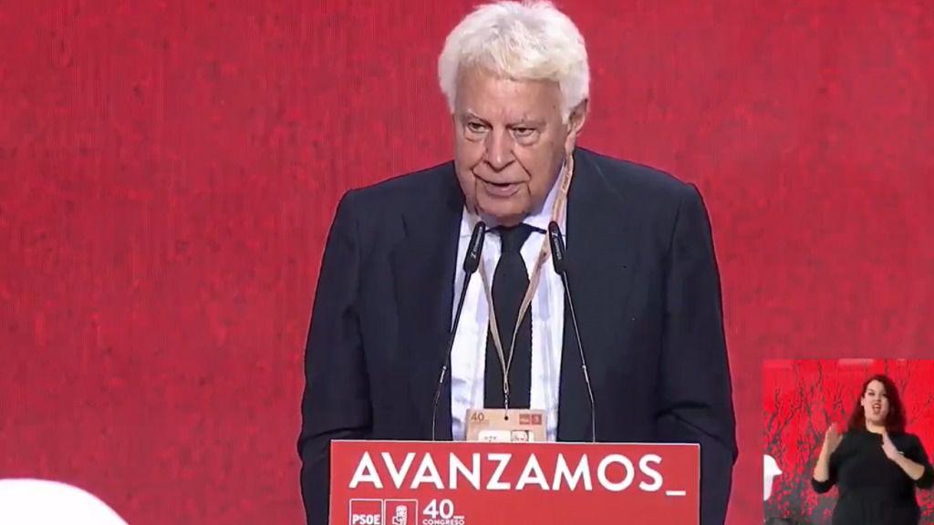 Felipe González critica a Podemos y muestra su orgullo de pertenecer al 'régimen del 78': 'A mucha honra'