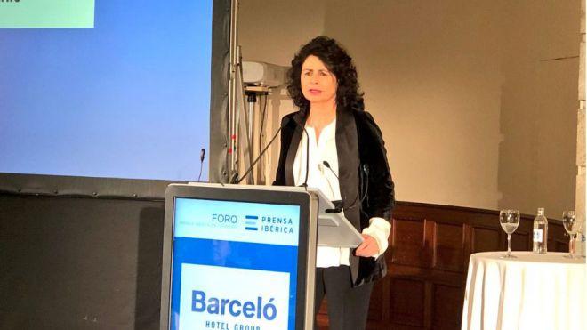 Matilde Asián admite que la fortaleza del euro es una