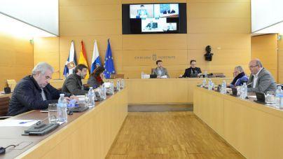 Los cabildos insisten al Estado para que priorice los convenios que siguen pendientes con Canarias