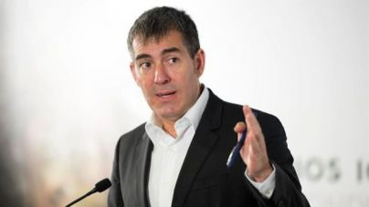 Clavijo admite que es 'insostenible' seguir creciendo en número de turistas