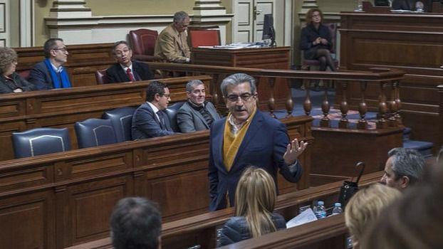 Román Rodríguez lamenta que la ruptura del acuerdo del tripartito sea por el 'reparto de cargos'