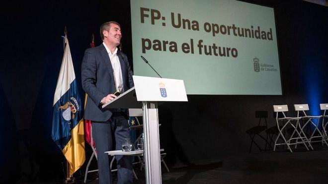 """Clavijo señala a la FP """"como una salida mejorar la competitividad empresarial"""""""