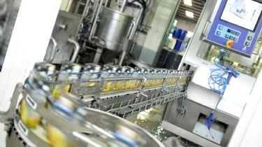 La producción industrial cae un 2,2% en marzo
