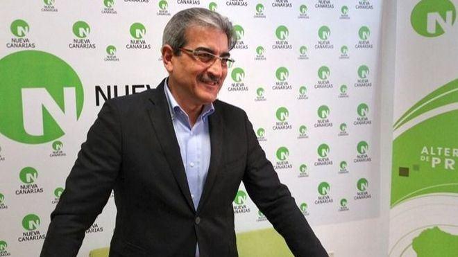 NC cierra el acuerdo con el Gobierno para incluir en el REF el descuento del 75% de residente