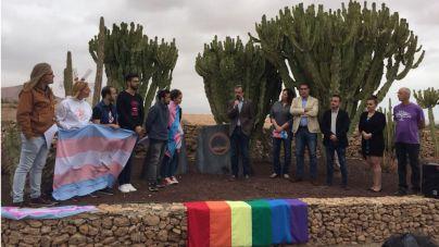 El Cabildo y colectivos LGTBI conmemoran el Día Internacional contra la LGTBIFOBIA