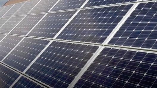 Abierto el plazo para ayudas para instalar placas fotovoltaicas en viviendas y comunidades de vecinos