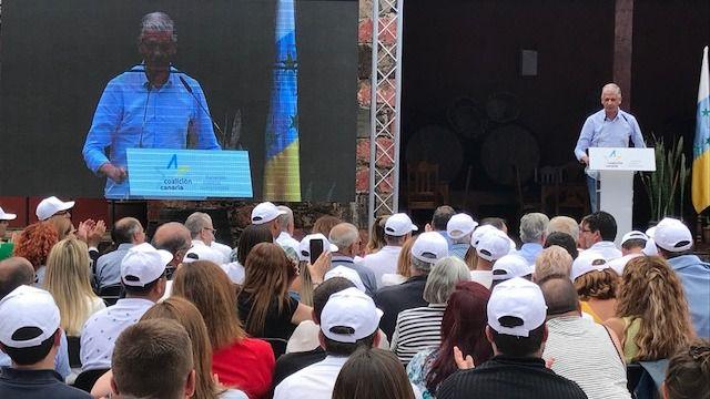 Francisco Linares propone a Fernando Clavijo como candidato a la Presidencia de Canarias para 2019