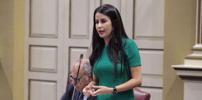 """Mendoza: """"Canarias necesita urgentemente el II Plan de Pobreza"""