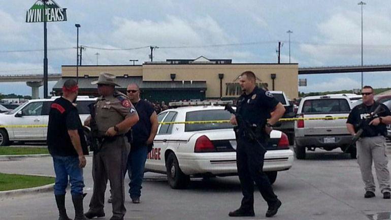 Al menos 27 muertos en un tiroteo en una iglesia de Texas