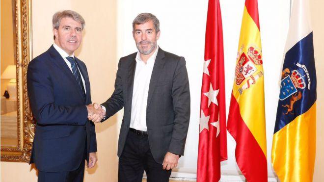 Clavijo comparte con Garrido la petición para que se reabra la negociación de la financiación autonómica
