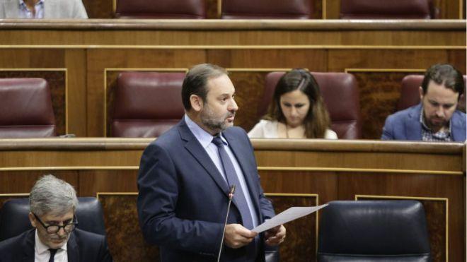 El Gobierno impide gastar a Canarias 865 millones en carreteras