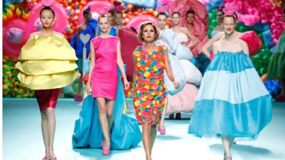 La seda de La Palma viajará alrededor del mundo de la mano de Agatha Ruíz de la Prada