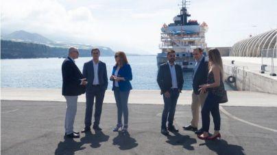 El muelle de Tazacorte recibe su primer crucero 19 años después de su construccción