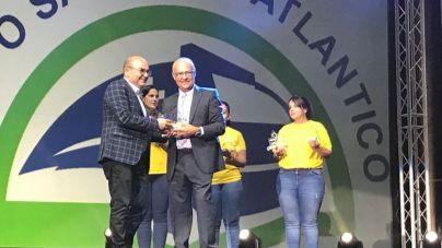 Pequeño Valiente concede a Yaiza el premio 'Solidaridad'
