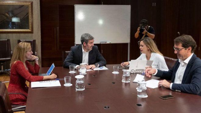 Rosa Dávila destaca el talante y la capacidad de diálogo de los grupos parlamentarios en la negociación de las cuentas de 2019