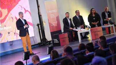 Tenerife cita a los principales agentes del sector turístico y tecnológico para hablar de transformación digital