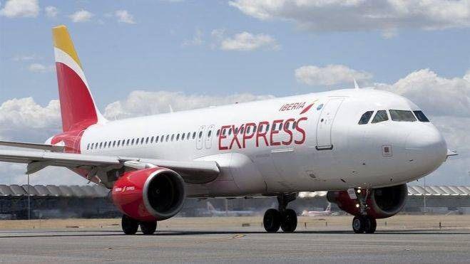 Iberia Express aumenta un 11% la capacidad aérea entre Canarias y Madrid en invierno