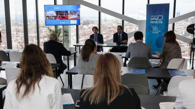 El Cabildo presenta en Madrid los detalles del concurso para la venta de los tres casinos en Tenerife