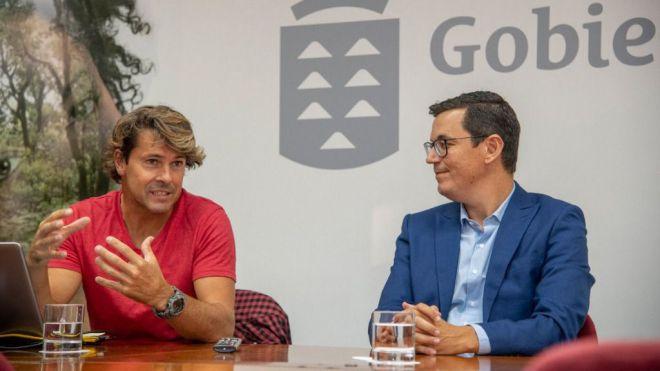 Pablo Rodríguez destaca el papel del futuro centro de alto rendimiento de surf para la promoción exterior de Canarias