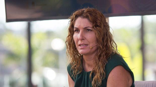 Arona defiende el carácter público del servicio de atención domiciliaria a sus vecinos más vulnerables