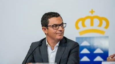La Consejería de Obras Públicas y Transportes firma el contrato de la ejecución de la obra del enlace Las Chafiras-Oroteanda