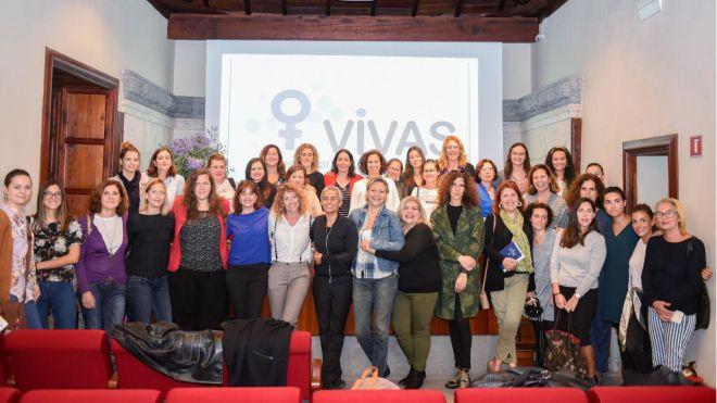 Las mujeres profesionales de la comunicación de Canarias se unen para promover la igualdad a través de los medios