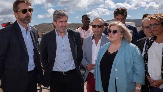 Canarias y Estado abordan la situación de los menores extranjeros no acompañados